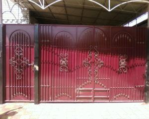 Ворота распашные с калиткой в Чехове