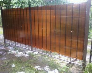 Распашные ворота из профнастила в Чехове